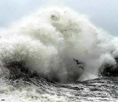 http://img22.xooimage.com/files/d/3/c/surf-extremo-22-10e60d3.jpg